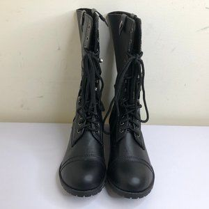 Soda Women's Oralee Combat Boots Size 7.5
